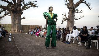 Дакарская неделя моды: подиум под баобабом