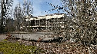 Case distrutte nella città deserta di Pripyat, a circa 3 chilometri dalla centrale nucleare di Chernobyl, in Ucraina