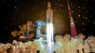 Rusya'nın Angara A-5 tipi ağır roketi
