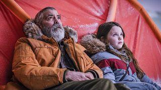 George Clooney elgújabb filmjében, a Midnight Sky-ban egy sarkkutatót alakít