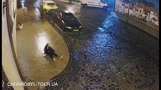 جليد يغطي شوارع أوكرانيا