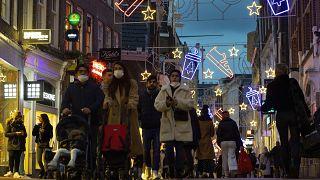 Жителей Нидерландов ждет локдаун.
