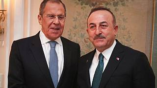 Dışişleri Bakanı Mevlüt Çavuşoğlu ve Rus mevkidaşı Sergey Lavrov (solda) 15 Ocak 2020, Münih/Almanya