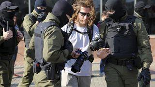 Belarus'ta gözaltına alınan gazeteci