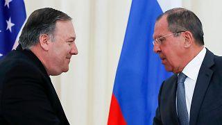 ABD Dışişleri Bakanı Mike Pompeo  ve Rus mevkidaşı Sergey Lavrov