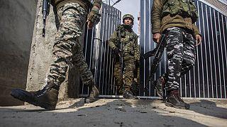 Keşmir'de görevli Hint askerleri