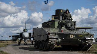 """""""Ameaça russa"""" leva Suécia a aumentar orçamento da defesa"""