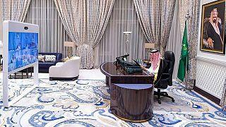 نشست شورای وزیران به ریاست ملک سلمان، پادشاه عربستان سعودی برای تصویب بودجه سال ۲۰۲۱