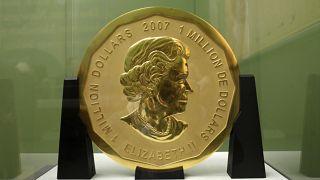 سکه طلای ۱۰۰ کیلوگرمی سرقت شده