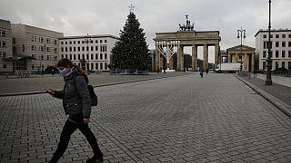 افزایش گسترده مبتلایان و قربانیان کرونا در اروپا و آمریکا؛ آغاز واکسیناسیون در آلمان از ۲۷ دسامبر