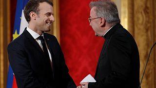 سفیر پیشین واتیکان در فرانسه به جرم تعرض جنسی به ۵ مرد به حبس تعلیقی محکوم شد