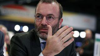 Manfred Weber, líder da bancada do Partido Popular Europeu, que foi insultado por Tamás Deutsch