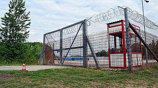 منطقة عبور طالبي اللجوء في روسكي ، المجر/7 أيار/مايو 2019