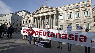 Испания сделала шаг к легализации эвтаназии