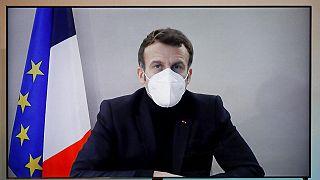 """Coronavirus, Macron positivo: """"Contagiato al vertice europeo"""". Tutti i leader che ha incontrato"""