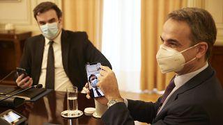 Κυριάκος Μητσοτάκης στην πρώτη βιντεοκλήση με 5G