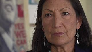 Indián származású, őslakos politikus lehet Biden belügyminisztere