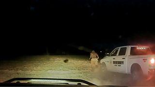 نائب رئيس شرطة كانساس يصدم رجلا أسود