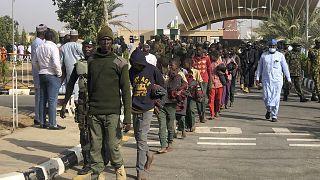 نيجيريا - إطلاق سراح تلاميذ كانوا رهائن
