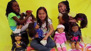 Les poupées multiculturelles trouvent leur public