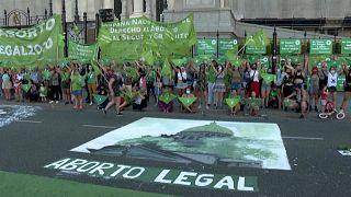 تظاهرات در آرژانتین در دفاع از حق سقط جنین