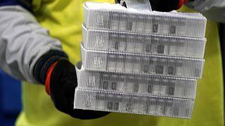 Corona-Impfprogramme: Start der Kampagnen verläuft schleppend