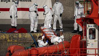 İspanya'da kıyılarında bulunan göçmenlerin cesedi