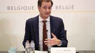 رئيس الوزراء البلجيكي، ألكسندر دي كرو في مؤتمر صحفي بروكسل.