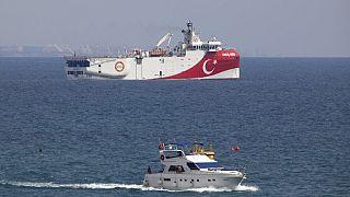 Doğu Akdeniz'de hidrokarbon arama çalışmaları yapan Türk gemisi Oruç Reis.