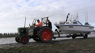 Falta de acordo pós-Brexi ameaça deixar em terra os barcos de pesca holandes