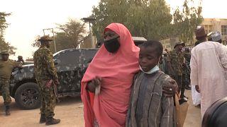 Vuelven a casa más de 300 niños que fueron secuestrados en Nigeria