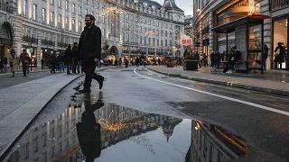 Die Regent Street in London. Der Lockdown ist um Mitternacht in Kraft getreten