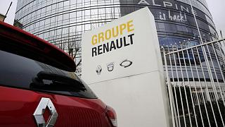 مركز مجموعة رينو الفرنسية لصناعة السيارات