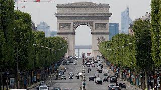 منطقة الشانزيلزيه في العاصمة الفرنسية باريس