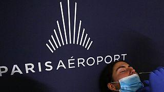 Paris Aéroport a mis en place deux centres de tests Covid-19 au départ des aéroports Paris-Charles de Gaulle et Paris-Orly.