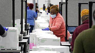 Nouvelles livraisons de huit millions de vaccins aux Etats-Unis