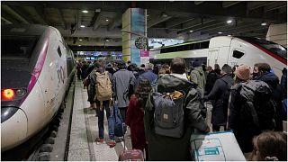 محطة قطارات في العاصمة باريس