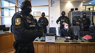 Condenado a cadena perpetua el atacante antisemita que mató a dos personas en Halle, Alemania