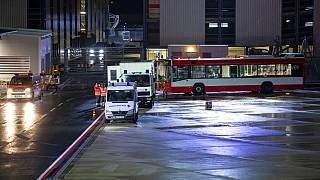 misure di sicurezza per i passeggeri in arrivo dalla Gran Bretagna ad Hannover