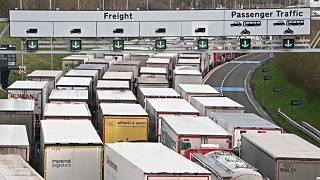 Пассажиров и грузы не пускают из Великобритании на континент