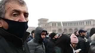 Противники Пашиняна вышли на улицы, кадр из видео