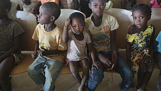 Kolera, ishal ve tifo gibi hastalıkların artmasında temiz su ihtiyacının karşılanamaması ve yetersiz beslenme etkili oluyor