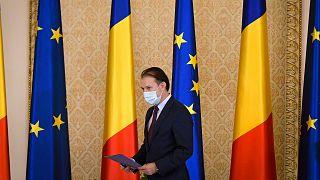 Florin Cîțu az új román kormány eskütételén 2020. december 23-án