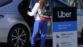 ABD'de yolcu alan bir Uber aracı (arşiv)