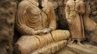 مجسمههای بودا در سایت باستانشناسی مسعینک در نزدیکی کابل