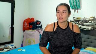 إحدى الأمهات التي فقدت وظيفتها بسبب كوفيد 19