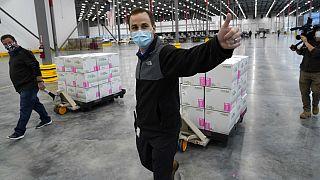 انتقال واکسنهای تولیدی شرکت مُدرنا