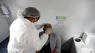 CDC Afrique : voyages possibles malgré la nouvelle souche de Covid-19