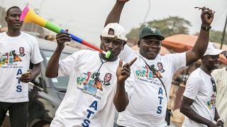 Orta Afrika Cumhuriyeti'nde cumhurbaşkanı adaylarından Faustin Touadera destekçileri