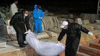 Geçtiğimiz haziran ayında Tunus açıklarında ölen göçmenler